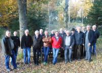 Das Foto zeigt die Mitglieder des Ausschusses sowie Stadtbaurat Eberhard Vogel (zweiter von rechts) und ganz links Arne Siebel, Vorsitzender der FBG.
