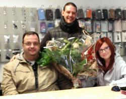 Das Foto zeigt v.l.n.r.:  Jörg Müller, Don René Eisele, Sarah Schulz