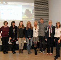 von links nach rechts: Caroline Kather, Bettina Kübler, Theresa Winkel, Patrizia Grabowski, Susanne Dombrowski, Pascal Weller, Dr. Elisabeth Bellersheim-Hebrock, Monika Molkentin-Syring